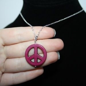 Nwt Stone peace sign necklace silver pendant